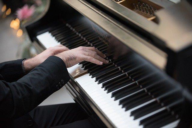 【ピアノ初心者向け】忙しくても挫折しないピアノを続ける方法