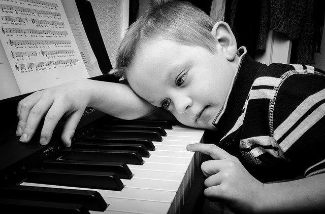 【初心者向け】ピアノが上達しない人の特徴5選